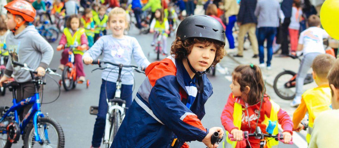 Urban Superheroes, a City Transformed by Kids. Bekijk het korte filmpje!